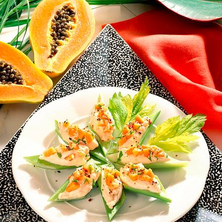 Stangensellerie mit Käse- Papaya-Creme Rezept