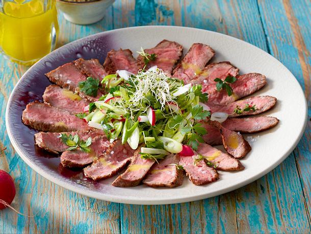Steak-Carpaccio mit Radieschen-Topping Rezept