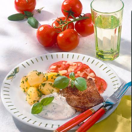 Steak mit Kartoffeln und Sour Cream Rezept