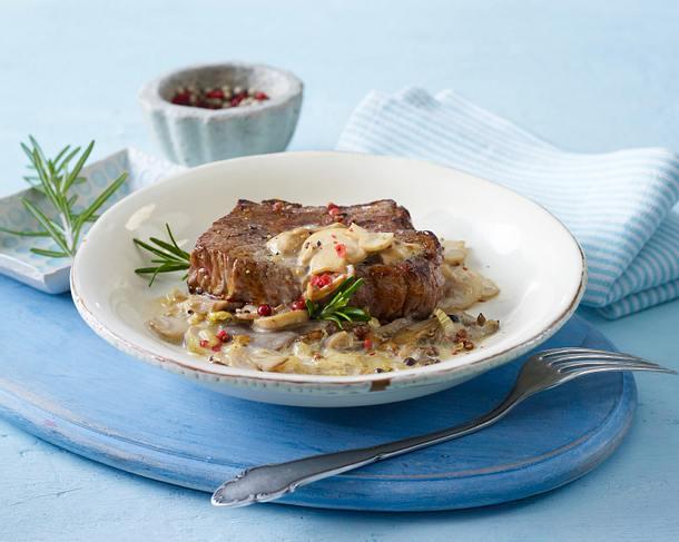 Steak mit Pfeffer-Pilz-Soße Rezept
