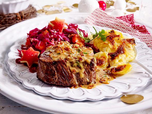 Steak mit Röstzwiebel-Cognac-Soße und Gratin Rezept