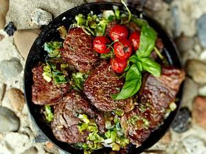 Steakpfanne Sansibar mit Pfeffersoße Rezept