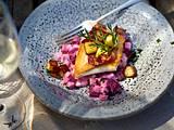 Steinbuttfilet mit lauwarmem Rote-Bete-Apfel-Salat und Kartoffel-Speckgröstel Rezept
