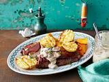 Steinpilzsoße zu Rumpsteak, Ofenkürbis und Kartoffelhälften Rezept