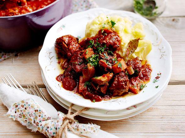 Stew mit Kartoffelpüree Rezept