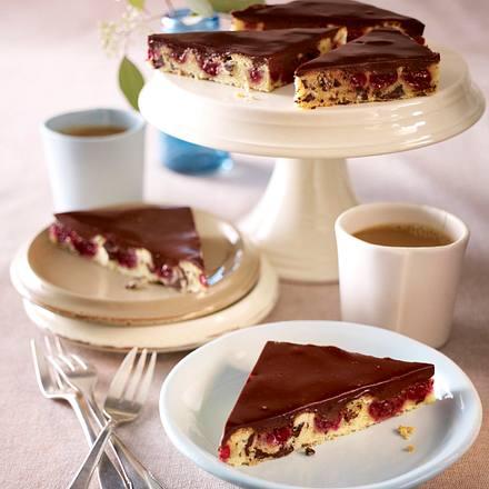 Stracciatella-Kirsch-Kuchen Rezept