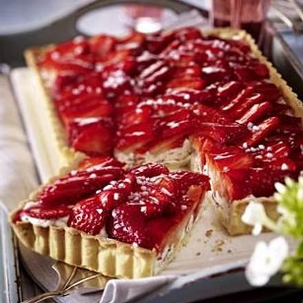 Stracciatella-Tarte mit Erdbeeren Rezept