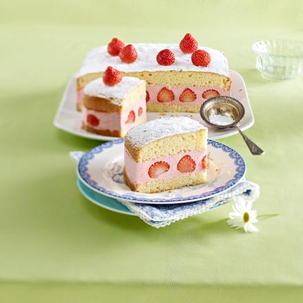 Strawberry-Daiquiri-Kuchen Rezept