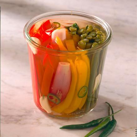 Süß-sauer eingelegtes Bohnen-Paprika-Schalotten-Gemüse Rezept