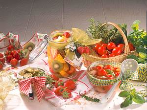 Süß-saure Zucchini-Taler Rezept
