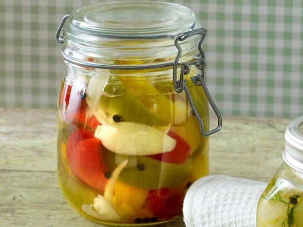 Süß-saures Paprikagemüse Rezept
