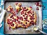 Süße Sommerpizza mit Obst Rezept