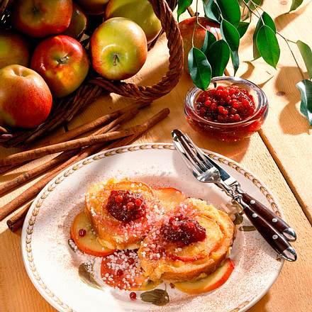 Süßes Weißbrot mit Apfelscheiben Rezept