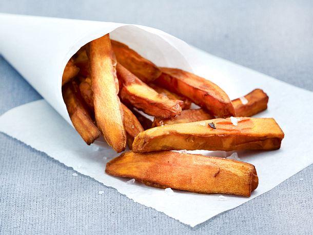Süßkartoffel-Pommes Rezept