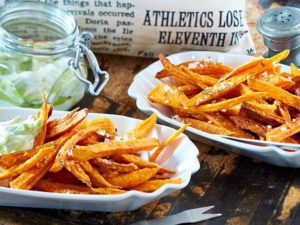 Süßkartoffel-Pommes mit Avocado-Dip Rezept