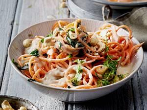 Süßkartoffel-Spaghetti mit Cashewsoße Rezept