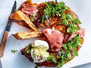 Süßkartoffel-Tortilla mit Parmaschinken und Büffelmozzarella Rezept