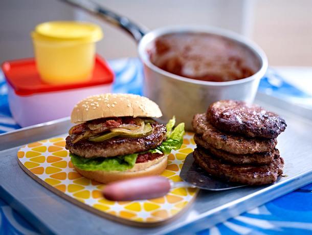 Super Burger mit Soft-Tomatensoße Rezept