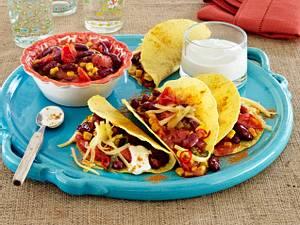 """Tacoshells """"Speedy Gonzales"""" mit Chilibohnen-Gemüse Rezept"""