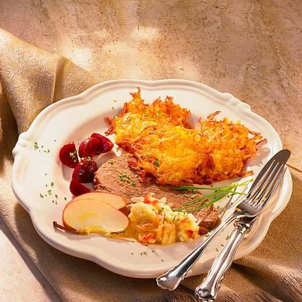 Tafelspitz mit Apfelkren, Kartoffelpuffer und Rot Rezept