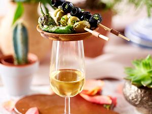 Tapasparty – Chorizo in Sherry und Pimentos de padron Rezept