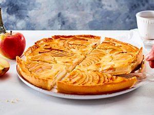 Tarte au Fromage Blanc mit gefächerten Äpfeln Rezept