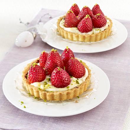 Tarteletts mit Eierlikör-Creme und Erdbeeren Rezept