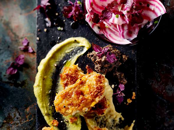 Tempeh-Piccata mit dreierlei Dips und weiße Bete-Salat Rezept