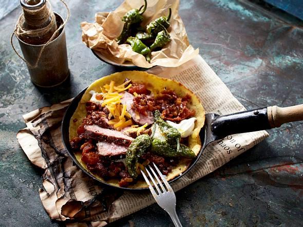 Tex-Mex-Burritos mit Steakstreifen und Pimientos Rezept
