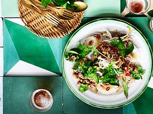 """""""Thai-like"""" Reisnudeln mit Rinderhack Rezept"""