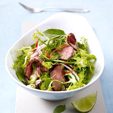 thai rindfleisch salat rezept chefkoch rezepte auf kochen backen und schnelle. Black Bedroom Furniture Sets. Home Design Ideas