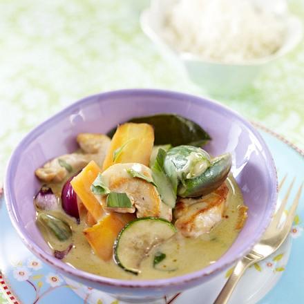 Thailändisches grünes Curry mit Hähnchen Rezept