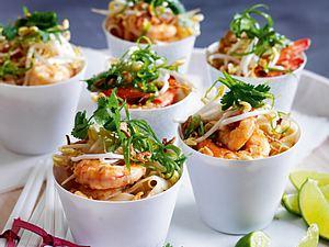 Thailändisches Pad Thai mit Garnelen Rezept