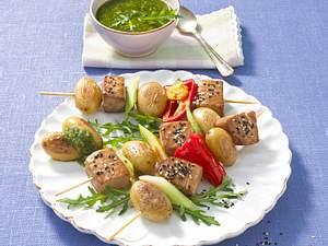 Thunfisch-Kartoffelspieße mit Raukepesto Rezept