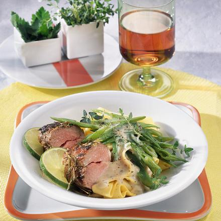 Thymian-Lamm mit Bohnen Rezept