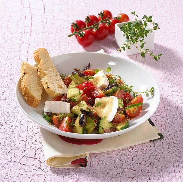 Tomaten-Gurken-Salat (Diät) Rezept