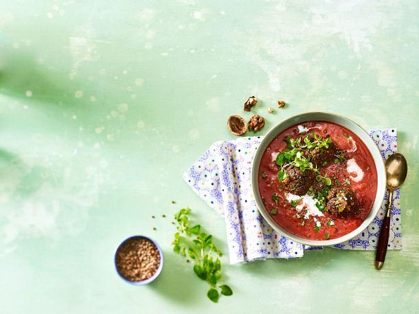 Tomaten-Kokos-Suppe mit Linsenbällchen Rezept