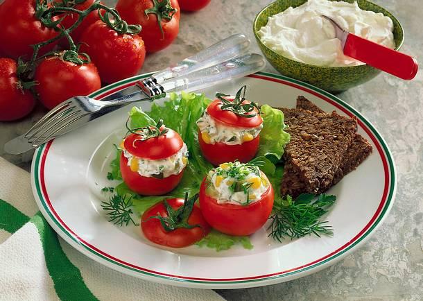 Tomaten mit Quarkfüllung Rezept