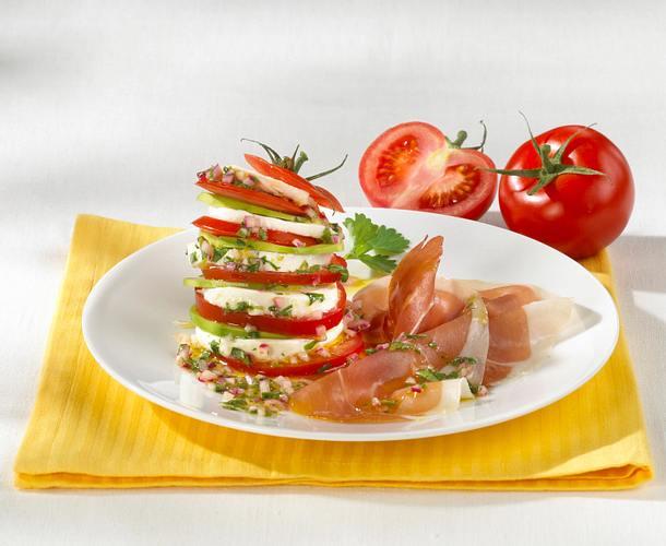 Tomaten-Mozzarella-Turm Rezept