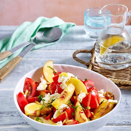 Tomaten-Nektarinen-Salat Rezept