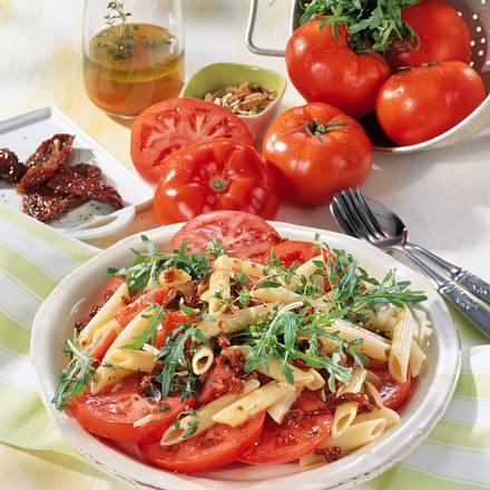 Tomaten-Pasta-Salat mit Rucola Rezept