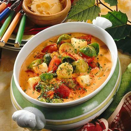 Tomaten-Rosenkohl-Topf Rezept