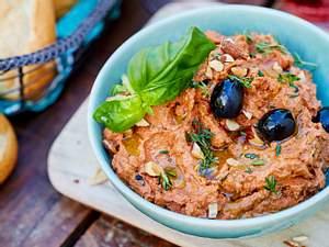 Tomaten-Salzmandel-Dip Rezept