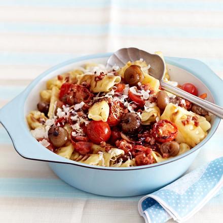 Tomaten-Schinken-Nudeln mit Schalotten Rezept
