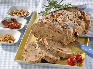 Tomaten-Schinkenbrot mit Hermannteig Rezept