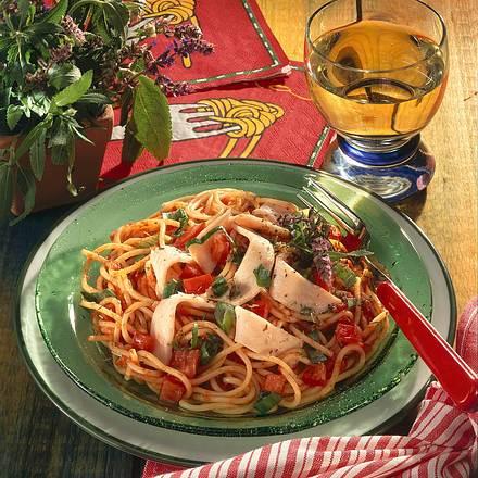 Tomaten-Spaghetti mit Pute Rezept