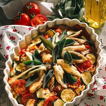 Tomaten-Zucchini-Gratin mit Salbei Rezept