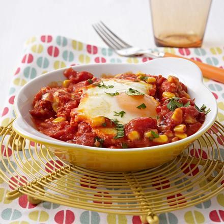 Tomatenpfanne mit pochierten Eiern Rezept