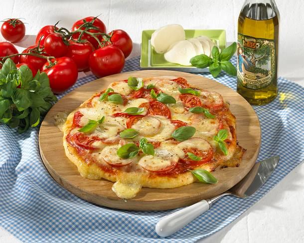Tomatenpizza mit Mozzarella Rezept