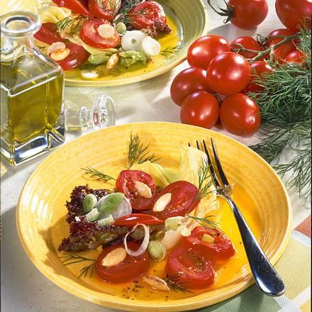 Tomatensalat mit Salzmandeln Rezept